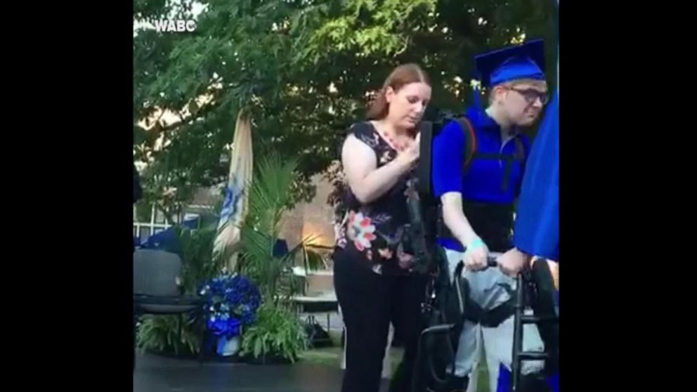VIDEO: Teen who hasn't walked in years walks across graduation stage