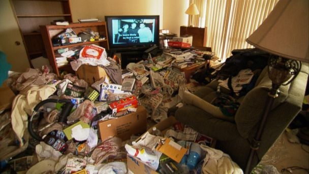 ABC Hoarders mar 140401 16x9 608 Teams Learn to Handle Hoarders With Care as They Clean, Get Them Help