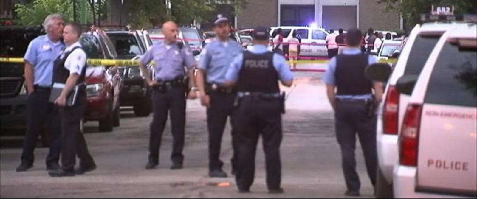 PHOTO: Multiple shootings mar July 4th weekend in Chicago.