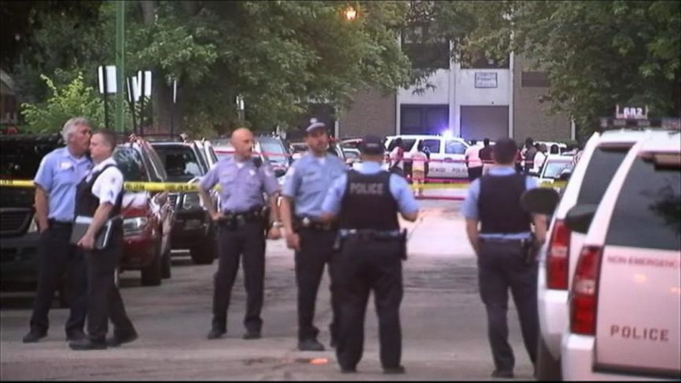 PHOTO: Multiple shootings mar July 4th weekend in Chicago.