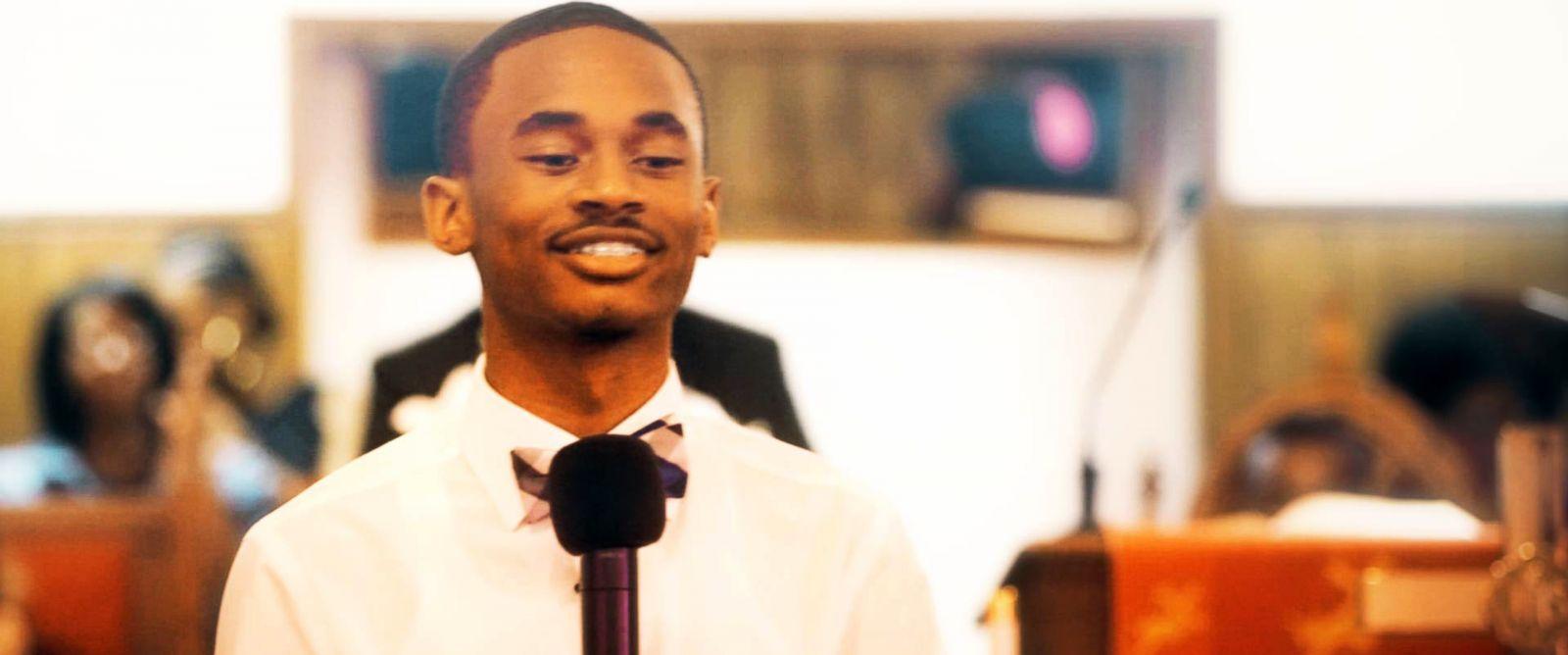 PHOTO: Chris Suggs speaks at Sand Hill FWB Church.