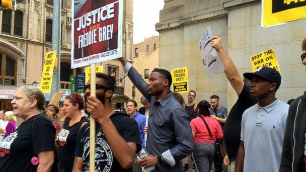 http://a.abcnews.com/images/US/ABC_freddie_gray_protest_01_jef_150902_16x9_608.jpg