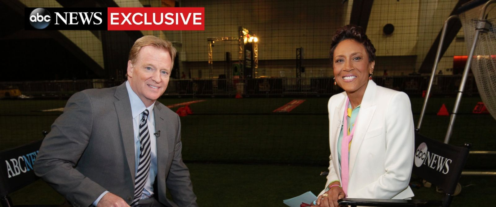 PHOTO: ABC News Robin Roberts interviews NFL commissioner Roger Goodell on Feb. 4, 2016.