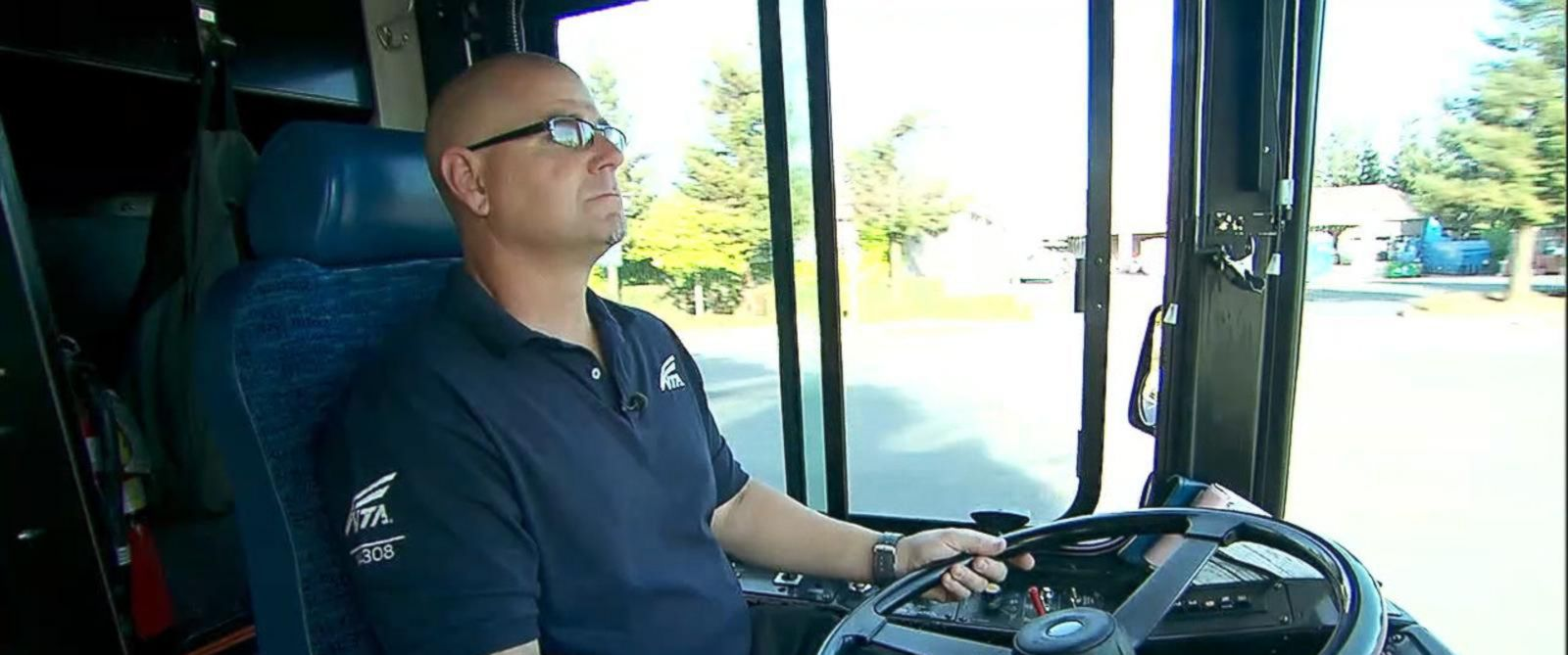 PHOTO: A hero bus driver in California recognizes a kidnapped boy.