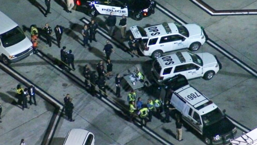 PHOTO: Los Angeles police and the FBI are investigating how four improvised explosive devices