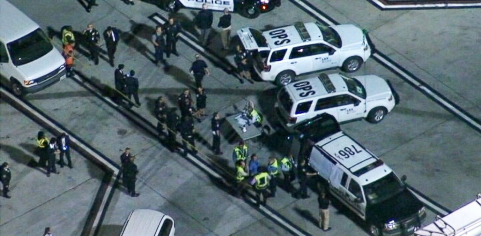 PHOTO: Los Angeles police and the FBI are investigating how four improvised explosive devices were placed in restricted areas of Los Angeles International Airport.