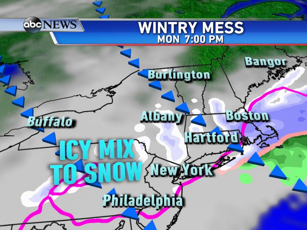 PHOTO: By Monday evening, colder air will be moving south changing the wintry mix back to all snow.