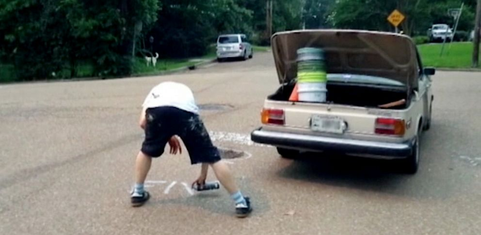 PHOTO: A man who calls himself Chane has taken it upon himself to fix Jackson, Miss. pothole problem.