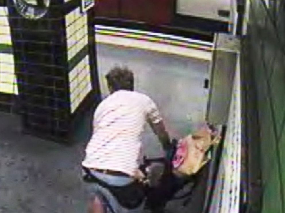 PHOTO: A stroller was blown onto the tracks at a British subway station just seconds before a train arrived.
