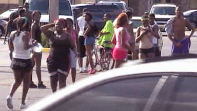 PHOTO: A brawl involving about over 100 teenagers caused a mall in Lauderhill, Fla. to shut its doors to customers, June 25, 2013.