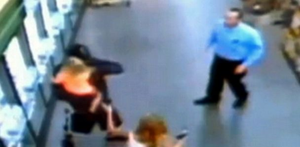 Video shows deadly standoff with a man who took a 2 year old hostage from parents shopping cart