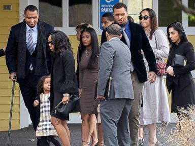 Aaron Hernandez's loved ones attend private funeral, suicide notes released to family
