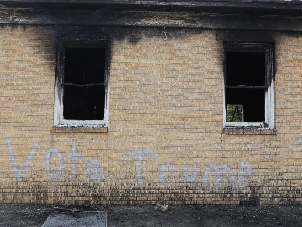 PHOTO: Vote Trump is spray painted on the side of the fire damaged Hopewell M.B. Baptist Church in Greenville, Missisippi, Nov. 2, 2016.