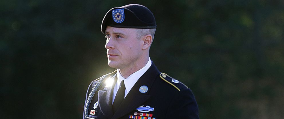 PHOTO: Army Sgt. Bowe Bergdahl arrives for a pretrial hearing at Fort Bragg, N.C., Jan. 12, 2016.