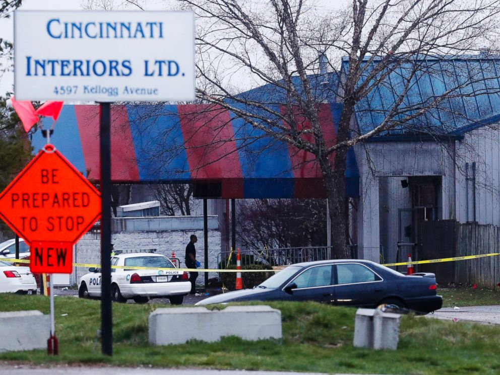 PHOTO: Police work at a crime scene at the Cameo club after a reported fatal shooting, March 26, 2017, in Cincinnati.