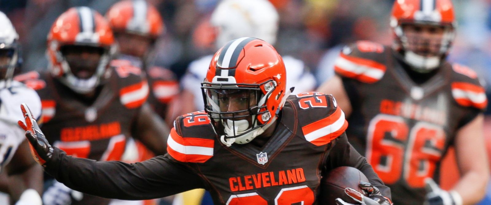 PHOTO: Cleveland Browns running back Duke Johnson (29) runs against the San Diego Chargers in the first half of an NFL football game, Dec. 24, 2016, in Cleveland.