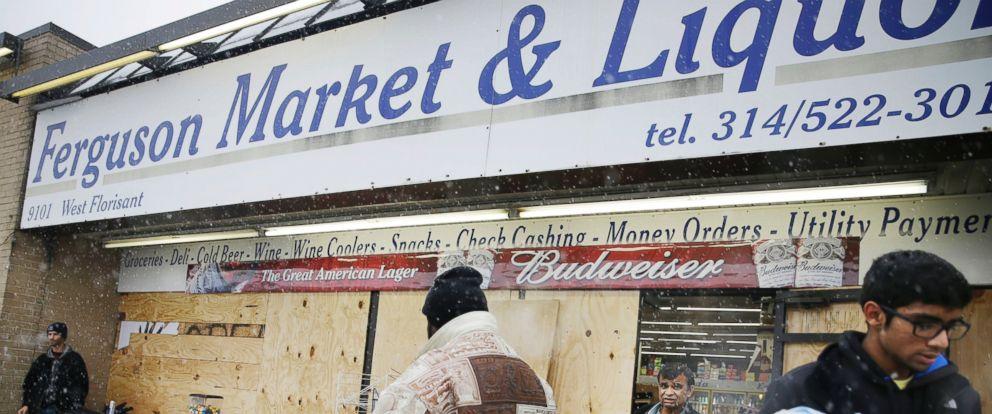 PHOTO: Ferguson Market and Liquor, Ferguson, MO.