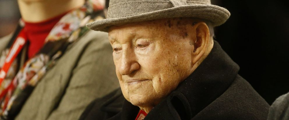 PHOTO: S. Truett Cathy, the founder of Chick-fil-A, watches teams warming up before the first half of the Chick-fil-A Bowl NCAA college football game between Clemson and LSU in Atlanta, Dec. 31, 2012.