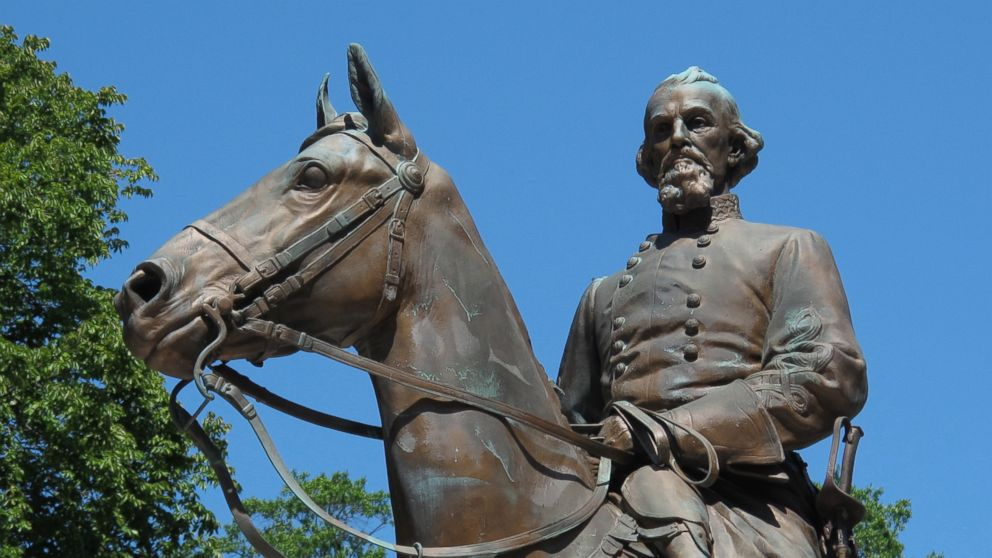 Confederate statues removed from Memphis parks after city council sells land