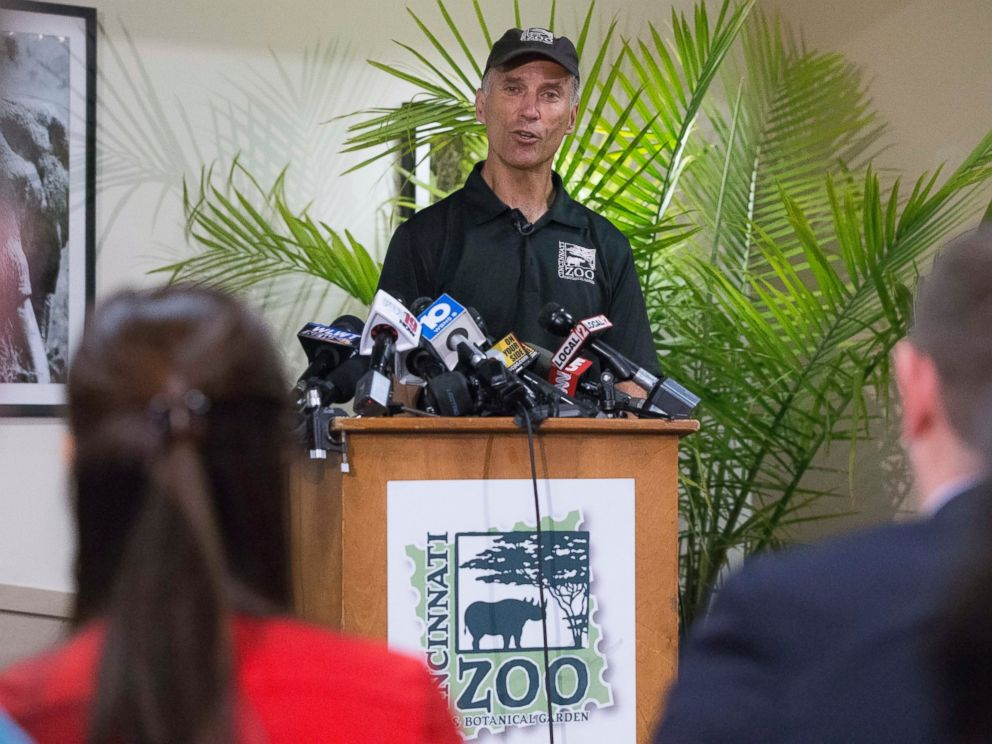 PHOTO: Thane Maynard, director of the Cincinnati Zoo & Botanical Garden, speaks during a news conference, May 30, 2016, in Cincinnati.