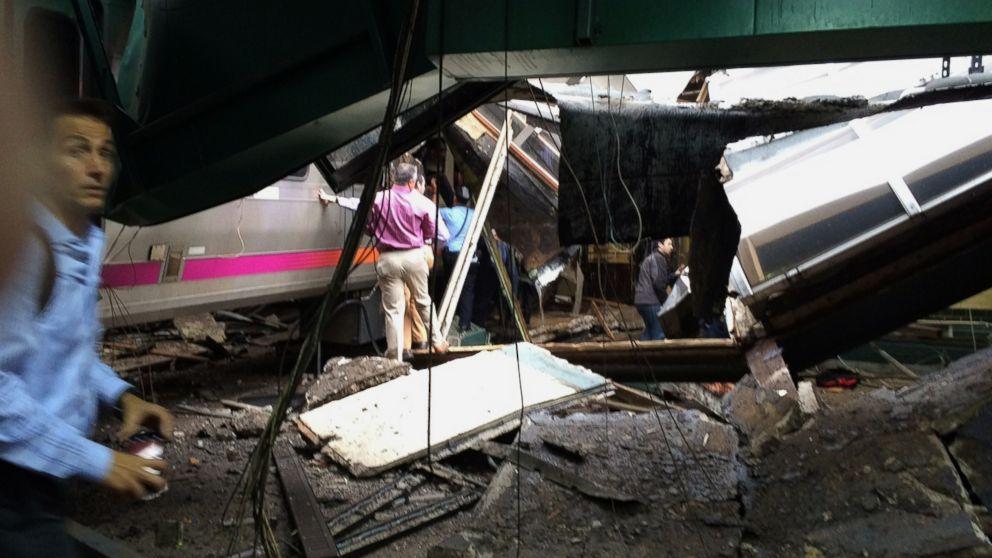 http://a.abcnews.com/images/US/AP_Hoboken_Train_Crash_MEM_160930_16x9_992.jpg