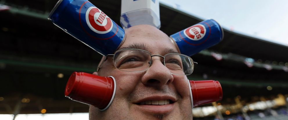 PHOTO: Chicago Cubs fan Jamie Keeton waits for the start of Game 4 of the National League baseball championship series between the New York Mets and the Chicago Cubs, Oct. 21, 2015, in Chicago.