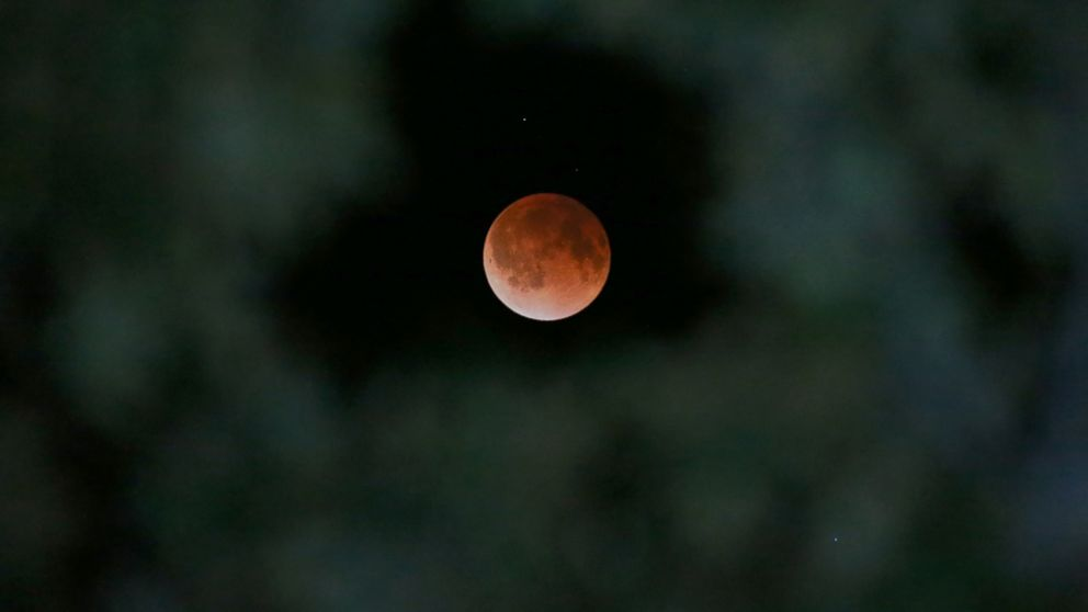 AP Lunar Eclipse2 ml 140415 16x9 992 Instant Index: Miss the Blood Moon? Heres Your Next Chance