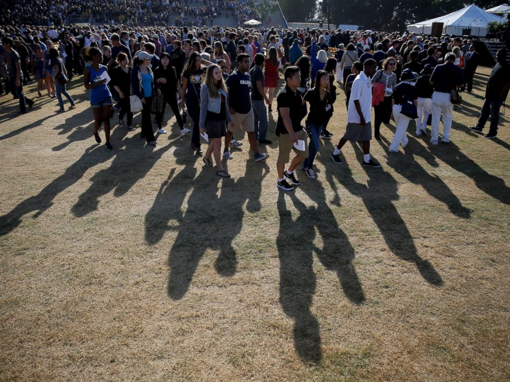 PHOTO: The crowd leaves after a memorial service for the victims and families of Fridays rampage at Harder Stadium on the campus of University of California, Santa Barbara, May 27, 2014.