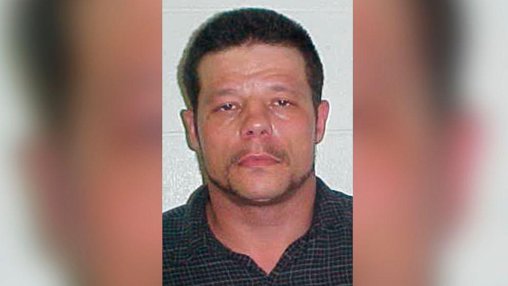 http://a.abcnews.com/images/US/AP_OK_suspect_Vance_floater_jrl_161024_16x9_992.jpg