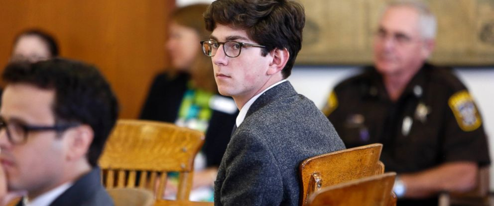 PHOTO:Owen Labrie looks around the courtroom during his trial, in Merrimack County Superior Court, Aug. 18, 2015, in Concord, N.H.