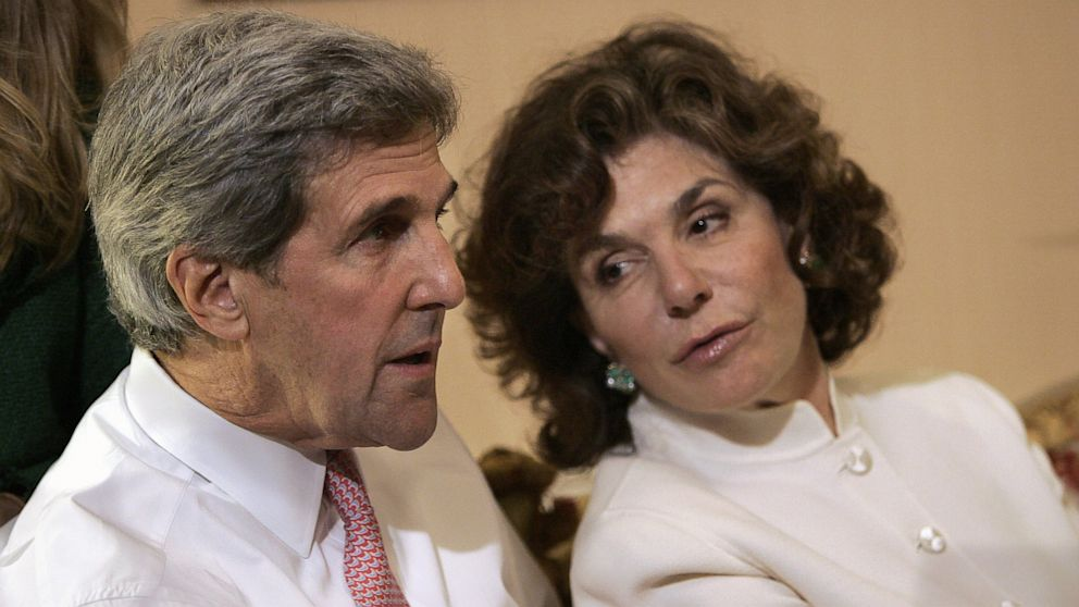 PHOTO: In a Tuesday, Nov. 4, 2008 file photo, Sen. John Kerry, D-Mass, left, talks with his wife Teresa Heinz Kerry while watching election results at a hotel in Bost
