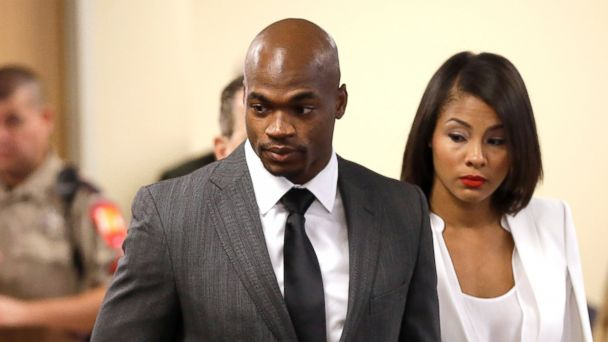 http://a.abcnews.com/images/US/AP_adrian_peterson4_ml_141008_16x9_608.jpg