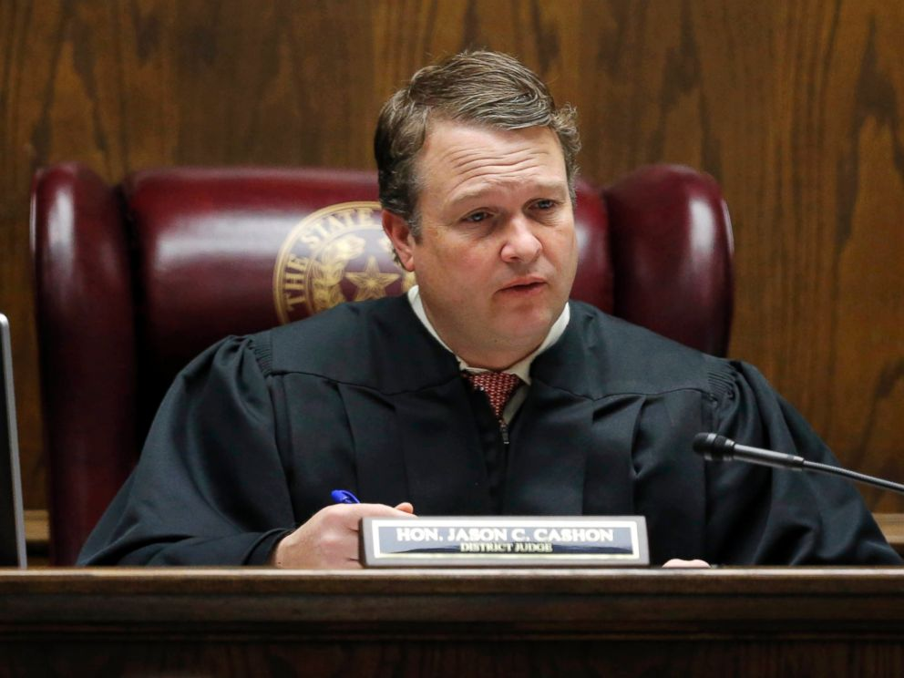 PHOTO: State District Judge Jason Cashon convenes court during the capital murder trial of former Marine Eddie Ray Routh, Feb. 16, 2015, in Stephenville, Texas.
