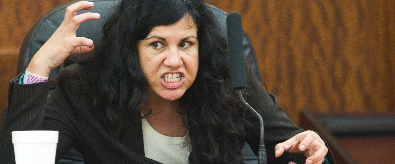 PHOTO: Ana Trujillo testifies during her trial, April 10, 2014, in Houston.