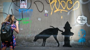 PHOTO: Graffiti by Banksy draws attention