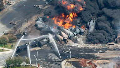 PHOTO: Canada train derailment