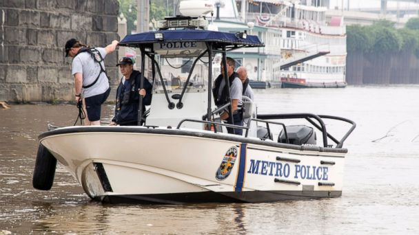 http://a.abcnews.com/images/US/AP_capsized_boat_ohio_river_jt_150705_16x9_608.jpg