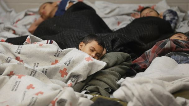 http://a.abcnews.com/images/US/AP_children_immigration_jt_140720_16x9_608.jpg