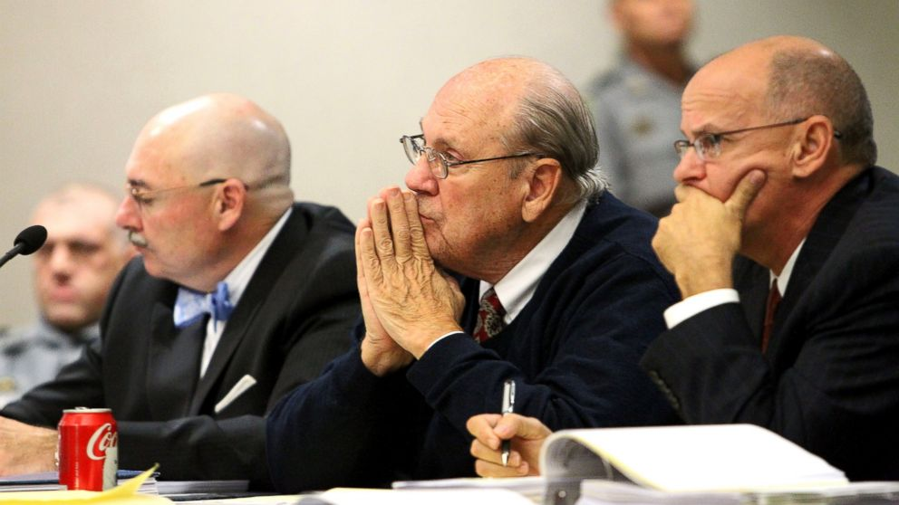 PHOTO: Former Tampa Police captain Curtis Reeves, Jr., center, listens to his taped interview by detectives during his bond reduction hearing before Circuit Judge Pat Siracusa at the Robert D. Sumner Judicial Center in Dade City, Fla., Feb. 7, 2014.