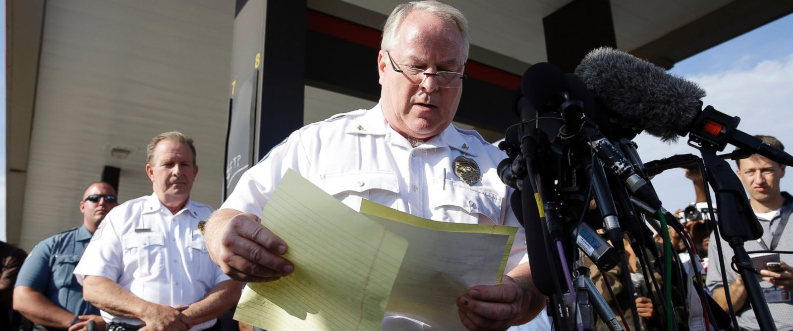 PHOTO: Police Chief Thomas Jackson names the officer accused of shooting Michael Brown