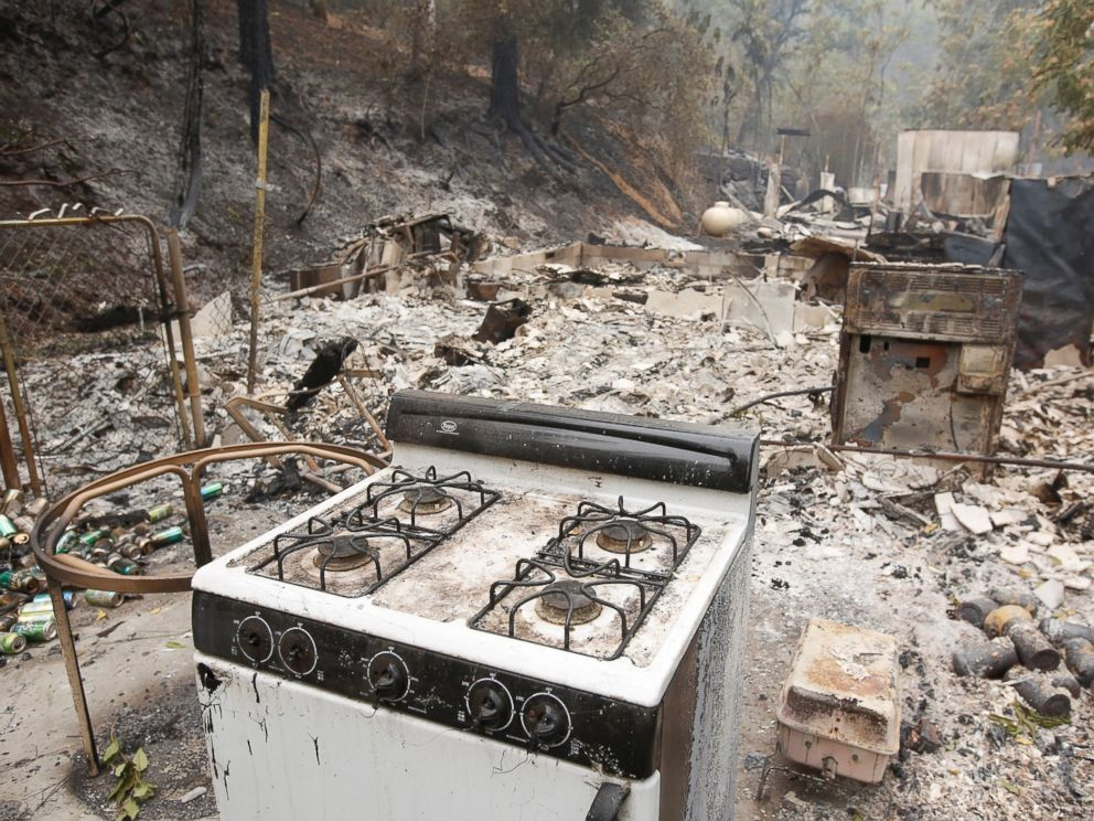 PHOTO: A kitchen stove sits among the remains of home, Sept. 13, 2015, destroyed by a fire near Mokelumne Hill, Calif.