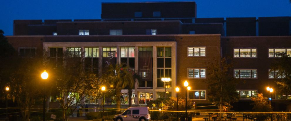 PHOTO: The dawn breaks over a Tallahassee police investigation into the overnight shooting inside and outside the Strozier library on the Florida State University campus in Tallahassee, Fla., Nov 20, 2014.