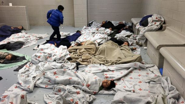 AP immigration 2 mar 140618 16x9 608 HHS Seeks More Military Bases to House Unaccompanied Border Minors