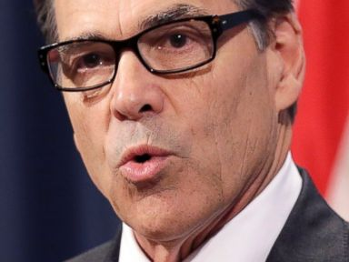 Perry Sends Guard to Border for 'Referring and Deterring'