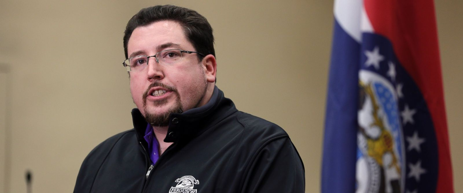 PHOTO: Ferguson Mayor James Knowles III announces the resignation of police chief Thomas Jackson during a news conference Wednesday, March 11, 2015, in Ferguson, Mo.
