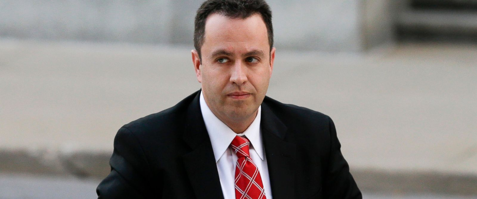 PHOTO: Former Subway pitchman Jared Fogle arrives at the federal courthouse in Indianapolis, Nov. 19, 2015.