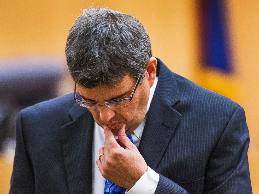 PHOTO: Defense attorney Kirk Nurmi makes his opening statement in the Jodi Arias sentencing retrial