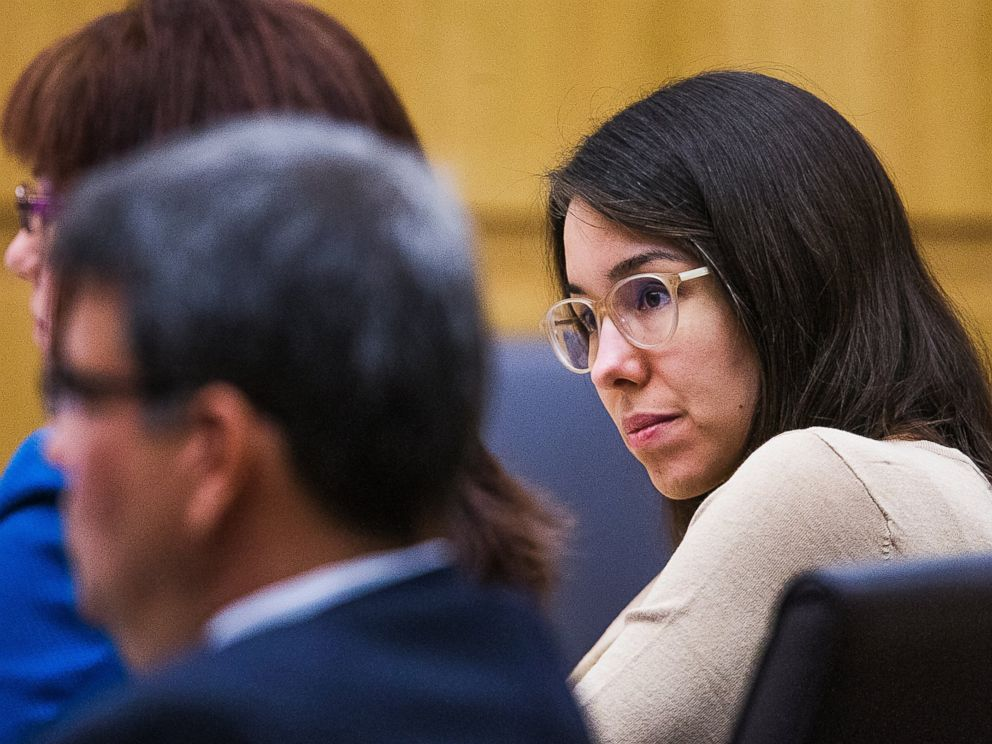 PHOTO: Jodi Arias sits in the Maricopa County Superior Courtroom of Judge Sherry Stephens in Phoenix