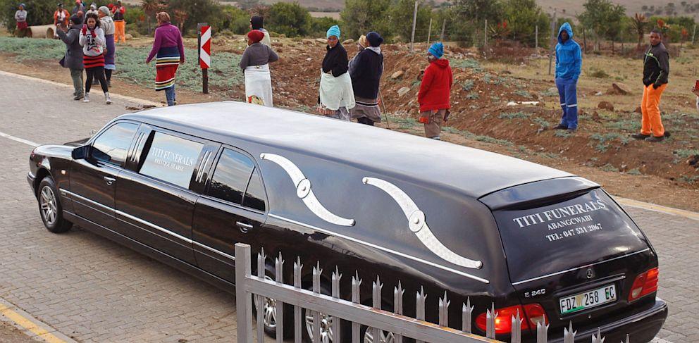 PHOTO: Mandela Family Grave Transfer