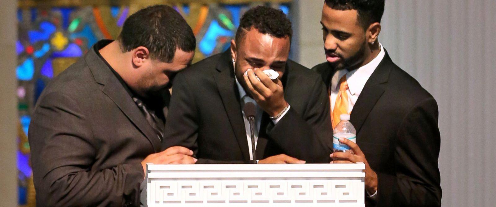 http://a.abcnews.com/images/US/AP_mccool_funeral_02_jef_160620_31x13_1600.jpg